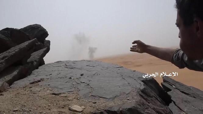 Phiến quân Houthi lại phóng tên lửa đạn đạo tấn công Ả rập Xê út ảnh 3