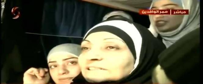 Chỉ 200 trong 5.000 tù nhân bị phe thánh chiến Syria bắt giữ còn sống sót ở Douma, Đông Ghouta ảnh 1