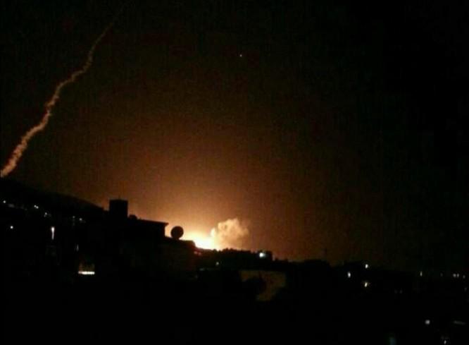 Hơn 100 tên lửa Mỹ, Anh, Pháp ồ ạt tấn công những mục tiêu nào ở Syria ảnh 5