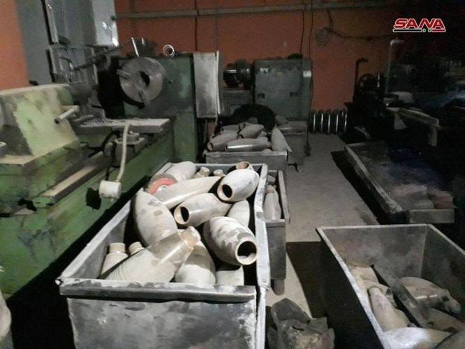 Quân đội Syria phát hiện kho đạn cối khổng lồ của phe thánh chiến tại tử địa Đông Ghouta ảnh 1
