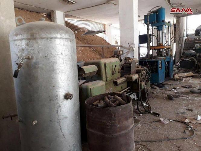 Quân đội Syria phát hiện kho đạn cối khổng lồ của phe thánh chiến tại tử địa Đông Ghouta ảnh 4