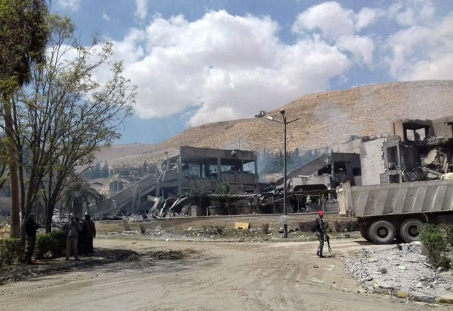 Mỹ phóng tên lửa ồ ạt tấn công Syria hai lần: Được gì? ảnh 6