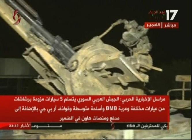 Chiến binh Hồi giáo lũ lượt xin hàng, giao nộp vũ khí cho quân đội Syria ảnh 3