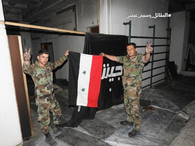Báo cáo ảnh lớn: Jaish al-Islam HQ và Nhà tù ngầm bị quân đội Syria bắt giữ Trong Douma