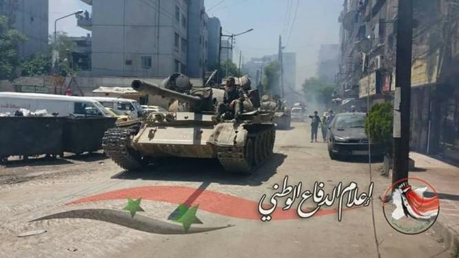 Quân đội Syria tiến đánh dữ dội IS tử thủ nam Damascus ảnh 3
