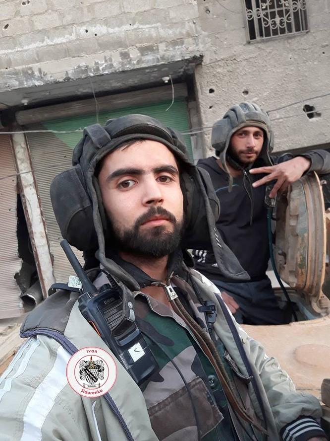 Nga yểm trợ, quân Assad đánh rát IS tại tử địa nam Damasscus ảnh 14