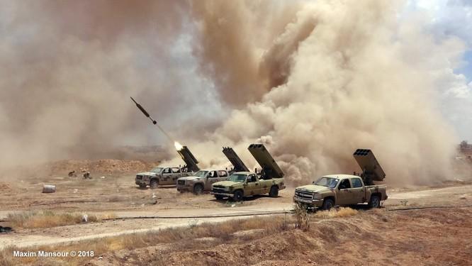 Nga yểm trợ, quân Assad đánh rát IS tại tử địa nam Damasscus ảnh 15