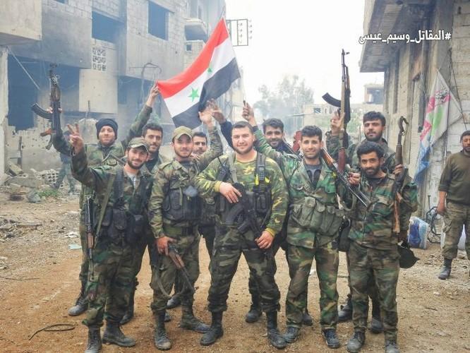 Quân đội đánh bật IS, chiếm 3 khu phố lớn ở nam Damascus ảnh 5