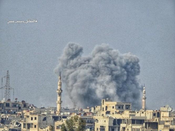 Quân đội đánh bật IS, chiếm 3 khu phố lớn ở nam Damascus ảnh 7