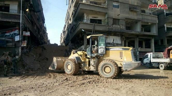 Phe thánh chiến xin hàng, quân đội Syria đánh rát IS tại tử địa Yarmouk ảnh 3