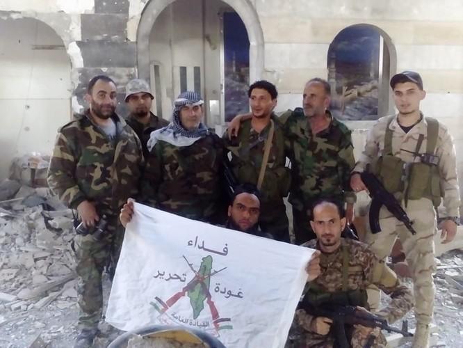 Quân đội Syria giáng đòn chí mạng IS, di tản phe thánh chiến đầu hàng khỏi tỉnh Damascus ảnh 5