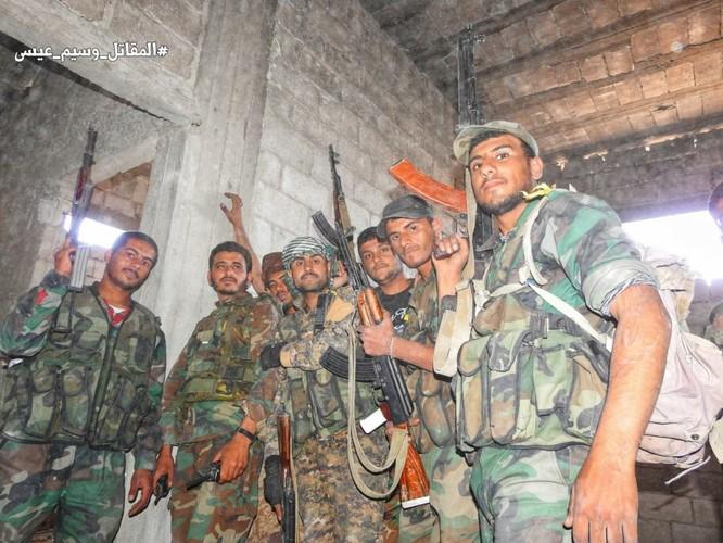 Quân đội Syria giáng đòn chí mạng IS, di tản phe thánh chiến đầu hàng khỏi tỉnh Damascus ảnh 9