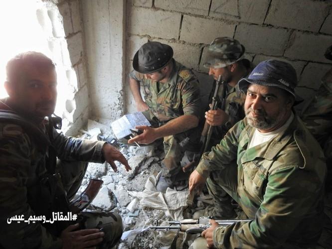 Quân đội Syria giáng đòn chí mạng IS, di tản phe thánh chiến đầu hàng khỏi tỉnh Damascus ảnh 10