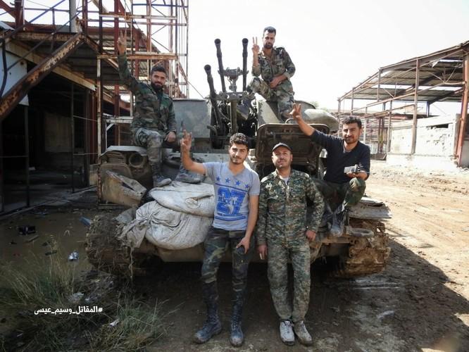 Quân đội Syria giáng đòn chí mạng IS, di tản phe thánh chiến đầu hàng khỏi tỉnh Damascus ảnh 11