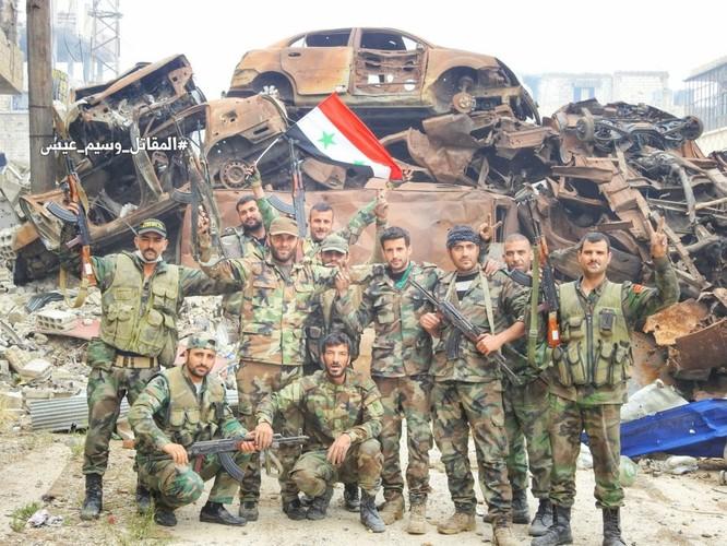 Quân đội Syria giáng đòn chí mạng IS, di tản phe thánh chiến đầu hàng khỏi tỉnh Damascus ảnh 12