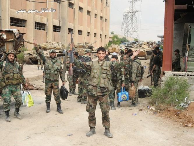 Quân đội Syria giáng đòn chí mạng IS, di tản phe thánh chiến đầu hàng khỏi tỉnh Damascus ảnh 13