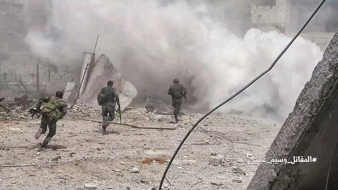 Quân đội Syria tấn công dữ dội trả thù IS sau vụ hành quyết dã man ảnh 2