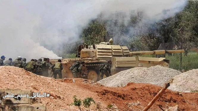 Quân đội Syria tấn công dữ dội trả thù IS sau vụ hành quyết dã man ảnh 10