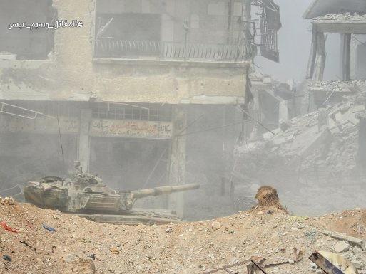 Nga dội lửa, quân đội Syria hợp vây chia cắt IS trong nồi hầm nam Damascus ảnh 4
