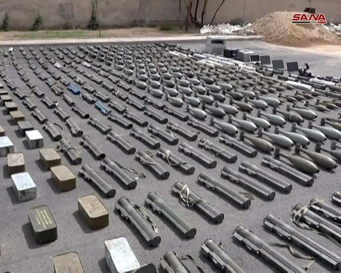 Quân đội Syria chiếm giữ lượng lớn vũ khí Israel ở Rastan, Homs ảnh 1