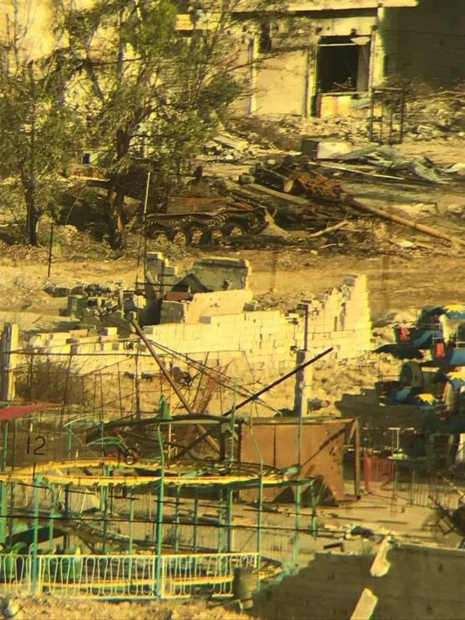 Quân đội Syria đè bẹp IS, sắp kết liễu trong chảo lửa Yarmouk ảnh 4