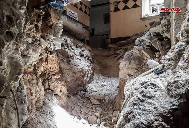 Kinh hoàng hệ thống hầm hào của IS trong tử địa Yarmouk, Syria ảnh 3