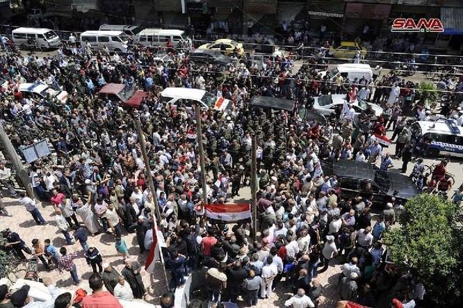 Quân đội Syria thượng cờ trong 3 quận ven Damascus sạch bóng thánh chiến ảnh 4