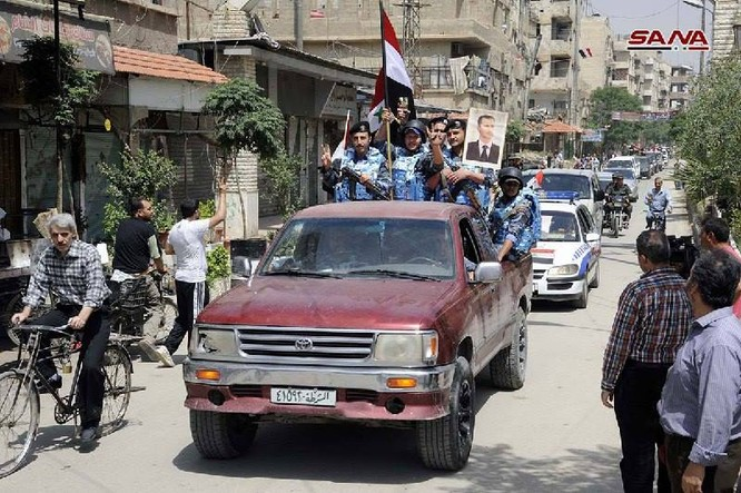 Quân đội Syria thượng cờ trong 3 quận ven Damascus sạch bóng thánh chiến ảnh 5