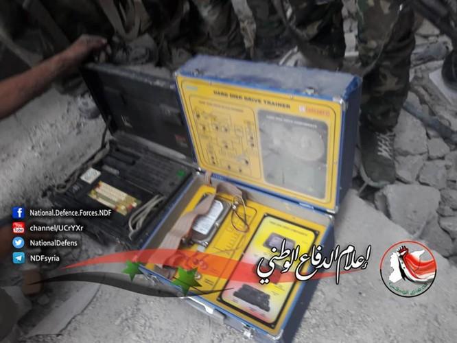 Quân tinh nhuệ Syria trút hỏa lực diệt IS trong nồi hầm Yarmouk ảnh 2