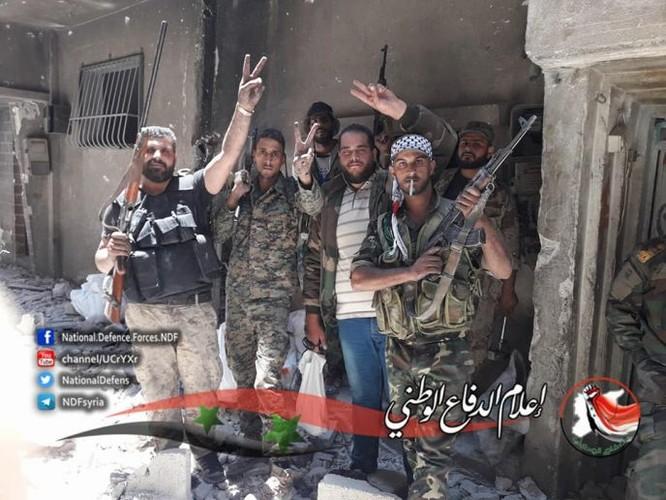 Quân tinh nhuệ Syria trút hỏa lực diệt IS trong nồi hầm Yarmouk ảnh 4