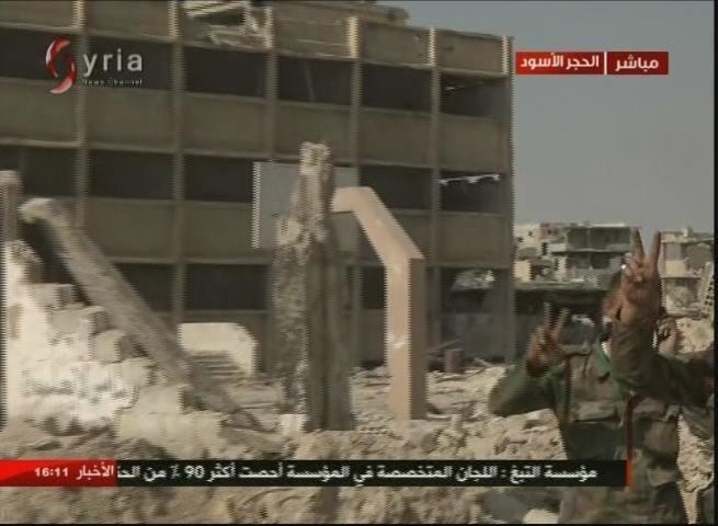 Không quân Nga-Syria dồn dập dội lửa yểm trợ tấn công chia cắt IS tại tử địa Yarmouk ảnh 2