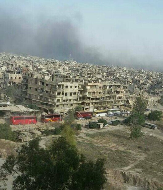 Hàng ngàn chiến binh IS vội vàng tháo chạy khỏi tử địa Yarmouk-Syria để tránh bị trả thù ảnh 2