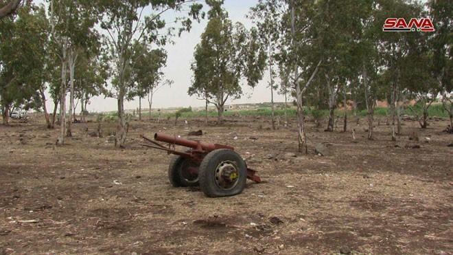Quân đội Syria chiếm giữ lượng vũ khí khổng lồ của phe thánh chiến ở Homs ảnh 8