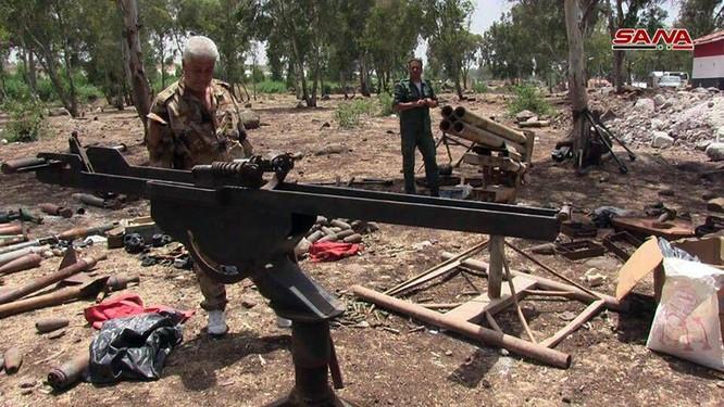 Quân cảnh Syria chiếm giữ kho vũ khí lớn ở cứ địa thánh chiến Rastan ảnh 2