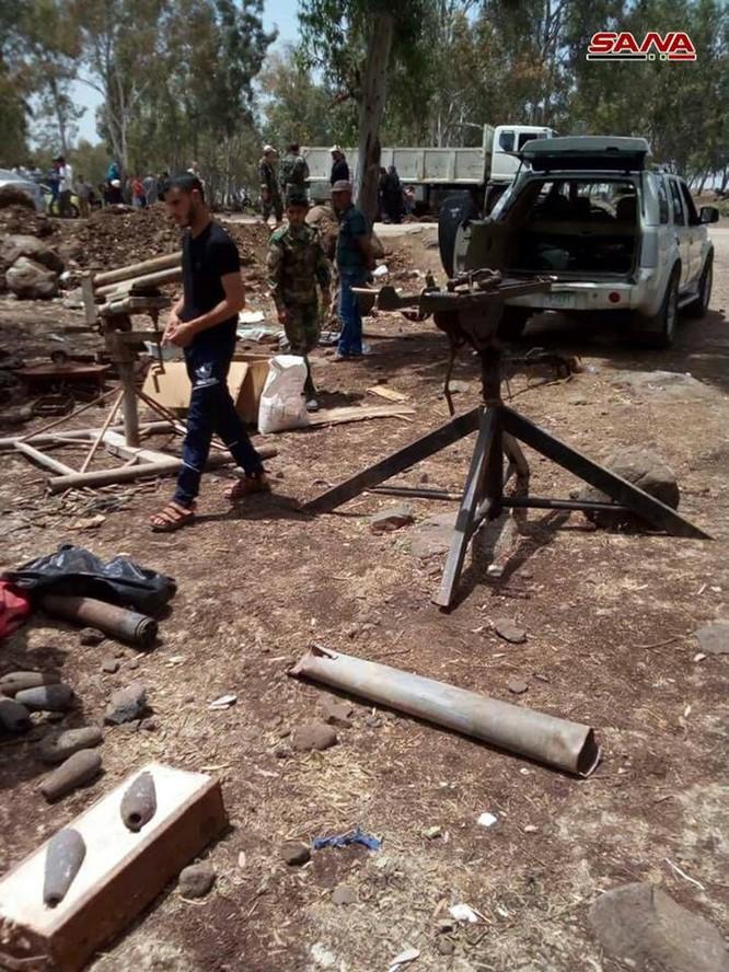 Quân cảnh Syria chiếm giữ kho vũ khí lớn ở cứ địa thánh chiến Rastan ảnh 3