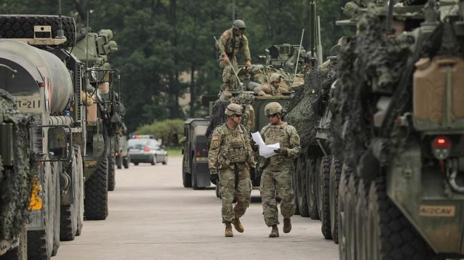 Mỹ-NATO dồn dập động binh dằn mặt Nga ảnh 1