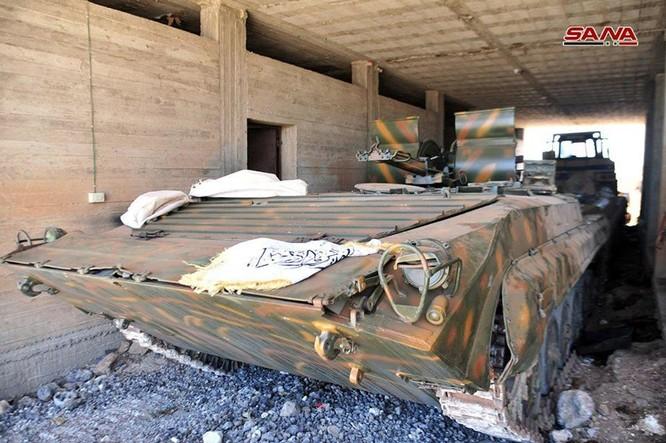 Quân đội Syria chiếm giữ kho vũ khí khủng của phe thánh chiến tại Daraa ảnh 2