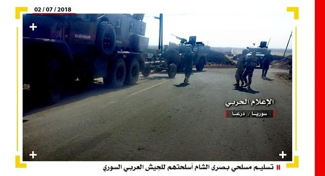 Phe thánh chiến Syria đầu hàng, nộp vũ khí hạng nặng cho quân chính phủ ở Daraa ảnh 3