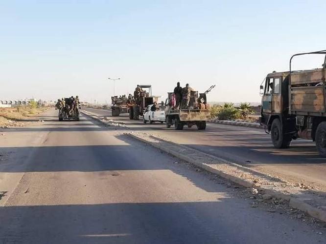 Đánh bại thánh chiến, quân đội Syria thượng cờ tại cứ địa trên biên giới Jordan ảnh 2