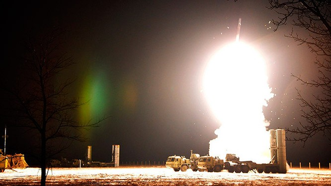 S-400 Nga nhận tên lửa mới tầm bắn siêu xa, Lầu Năm Góc choáng váng ảnh 1