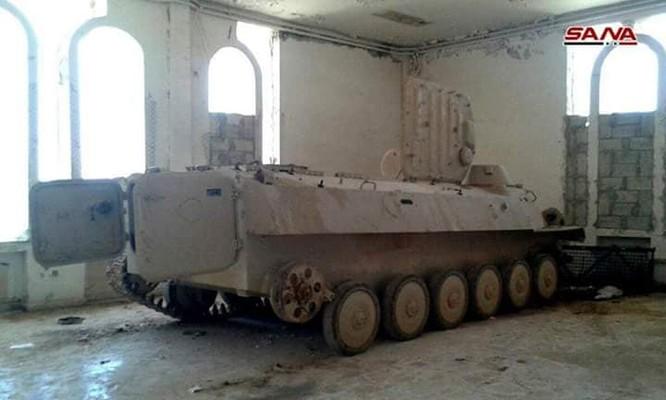 Quân cảnh Syria chiếm giữ lượng lớn vũ khí ở cửa khẩu biên giới Jordan ảnh 3