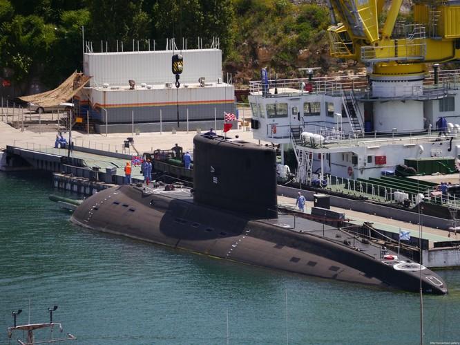 """""""Hố đen đại dương"""" Nga được trang bị ngư lôi khủng ảnh 3"""
