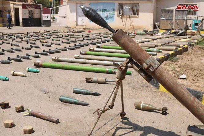 Quân đội Syria phát hiện hầm ngầm vũ khí của IS ở Deir Ezzor ảnh 1