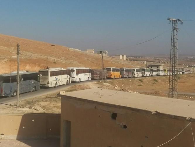 Syria sẽ di tản hàng nghìn dân trong hai thị trấn bị quân thánh chiến bao vây ở Idlib ảnh 2