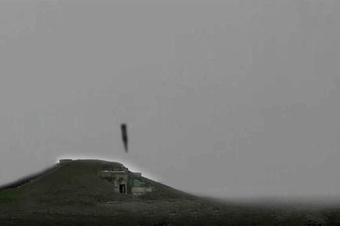 """Phương Tây lạnh gáy: Kinzhal Nga là phiên bản Iskander trên """"sát thủ tàu sân bay"""" Tu-22M3 ảnh 2"""
