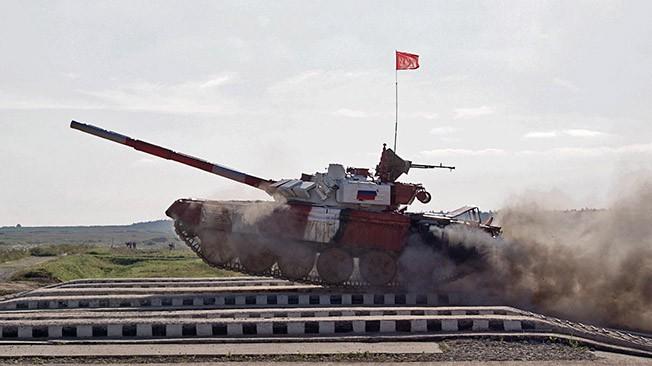 """Việt Nam lần đầu xuất quân """"đấu xe tăng"""" Biathlon tại Nga: Điều gì chờ đợi? ảnh 1"""
