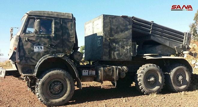 Quân đội Syria chiếm giữ nhiều vũ khí, giải phóng hàng loạt cứ địa thánh chiến ở Quneitra ảnh 5