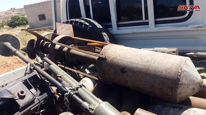 Quân đội Syria chiếm giữ nhiều vũ khí, giải phóng hàng loạt cứ địa thánh chiến ở Quneitra ảnh 6