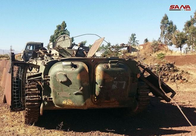 Quân đội Syria chiếm giữ nhiều vũ khí, giải phóng hàng loạt cứ địa thánh chiến ở Quneitra ảnh 7