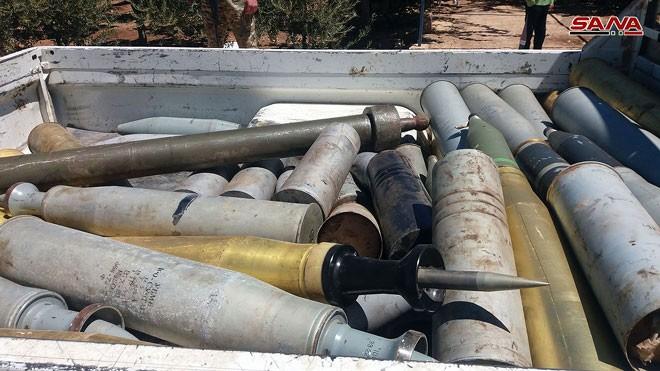 Quân đội Syria chiếm giữ nhiều vũ khí, giải phóng hàng loạt cứ địa thánh chiến ở Quneitra ảnh 8